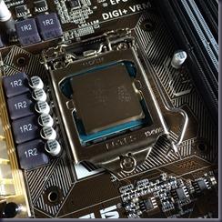 CPU固定レバー