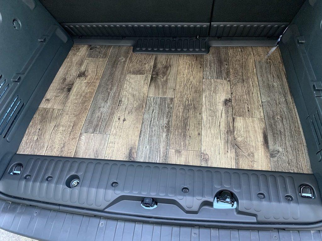 カングー荷台の床張り